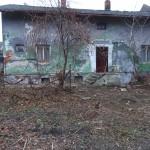 pohled na dům ze západu ze zahrady